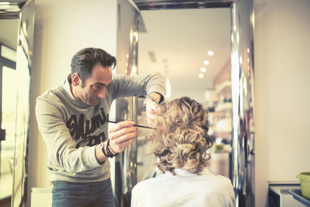 How a Beauty Salon benefits from Online Appointment Scheduling